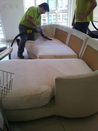 Serviço de Limpeza de Alcatifas, Tapetes e Sofás por ImpecLimpa Serviços de Limpeza em Lisboa